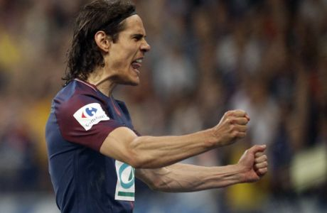 PSG's Edinson Cavani reacts after scoring his side's second goal during the French Cup soccer final Paris Saint Germain against Les Herbiers at the Stade de France stadium in Saint-Denis, outside Paris, Tuesday, May 8, 2018. (AP Photo/Francois Mori)