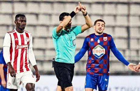 Ο Φωτιάς 'προδόθηκε' από το VAR στην φάση του 17', όπου ο Σουντανί σκόραρε από κανονική θέση αλλά το γκολ του λανθασμένα δεν μέτρησε ως offside. Βόλος και Ολυμπιακός έμειναν στο 0-0 για την 16η αγωνιστική της Super League (22/12/2019) - ΦΩΤΟΓΡΑΦΙΑ: ΑΝΤΩΝΗΣ ΝΙΚΟΛΟΠΟΥΛΟΣ / EUROKINISSI