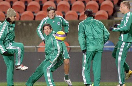 Πράσινο... παλτό, τώρα ανερχόμενος προπονητής