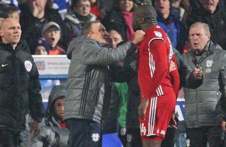 Κόκκινη, τσαμπουκάς με τον προπονητή του και 2 αγωνιστικές τιμωρία