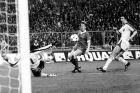 Ο Κένι Νταλγκλίς πετυχαίνει το μοναδικό γκολ του τελικού στο Λίβερπουλ - Μπριζ 1-0 (10/5/1978)