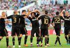 """Οι Μπενζεμά, Πέπε, Κριστιάνο, Μαρσέλο, Εζίλ, Ντι Μαρία και Καρβάλιο πανηγυρίζουν ένα από τα γκολ τους στο 0-6 της Ρεάλ επί της Σαραγόσα μέσα στη """"Ρομαρέδα"""" στις 28 Αυγούστου του 2011. Ήταν η πρώτη αγωνιστική της Λίγκας 2011/12, που διεξήχθη μια εβδομάδα μετά την προγραμματισμένη ημερομηνία, λόγω της απεργίας της AFE."""