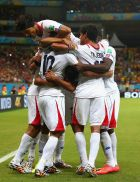 RECIFE, BRAZIL - JUNE 29:  Bryan Ruiz of Costa Rica celebrates  scoring his team's first goal with teammates  during the 2014 FIFA World Cup Brazil Round of 16 match between Costa Rica and Greece at Arena Pernambuco on June 29, 2014 in Recife, Brazil.  (Photo by Ian Walton/Getty Images)