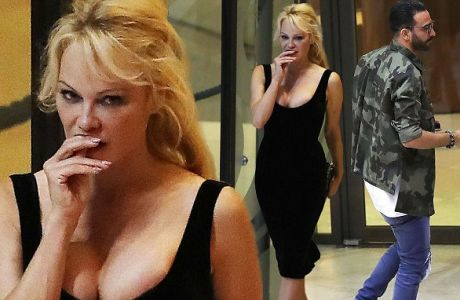 EXCLUSIVE ALL ROUNDER ***MINIMUM FEE £250 PER PICTURE APPLIES*** Pamela Anderson and her new boyfriend, French international footballer Adil Rami, are seen leaving the Fairmont Hotel in Monaco after having dinner. The couple are believed to have been dating for several weeks. Please byline: Vantagenews.com