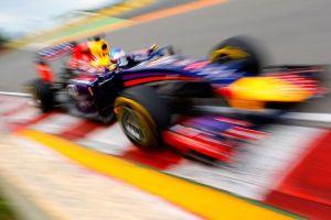 Ο Sebastian Vettel συμβουλεύει...