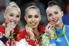 Η Γιάνα Κουντριάφτσεβα, η Μαργκαρίτα Μαμούν και η Γιάνα Ριζατντίνοβα (από αριστερά προς τα δεξιά) στο βάθρο του ατομικού all-around της ρυθμικής γυμναστικής στους Ολυμπιακούς Αγώνες 2016, Ρίο ντε Ζανέιρο | Σάββατο 20 Αυγούστου 2016