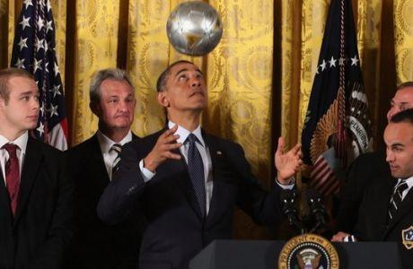 Ο Ομπάμα ακολουθεί στο Twitter μόνο ΜΙΑ ευρωπαϊκή ποδοσφαιρική ομάδα!