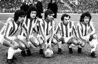 """Η τρομερή πεντάδα των """"ερυθρολεύκων"""": Λοσάντα, Βιέρα, Δεληκάρης, Κρητικόπουλος και Τριαντάφυλλος. Η επιθετική γραμμή για τα 102 γκολ του 1973-74"""