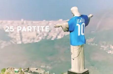 Σάλος με το άγαλμα του Ιησού... ντυμένο στα χρώματα της Ιταλίας