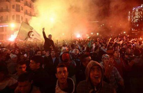 Τα έκαψαν όλα οι Αλγερινοί μετά τη νίκη τους (VIDEO)