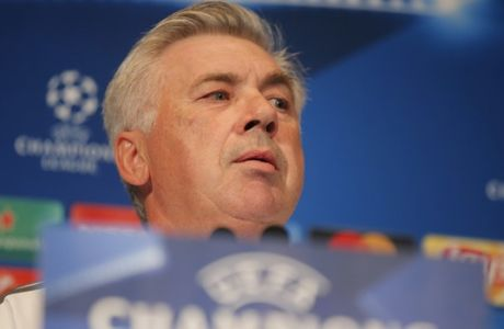 Bayern Munich's coach Carlo Ancelotti speaks during a media conference at Parc des Prince stadium ahead of the Champions League soccer match between Bayern Munich and Paris Saint Germain in Paris, Tuesday, Sept. 26, 2017. Bayern Munich will face Paris Saint Germain (AP Photo/Michel Euler)