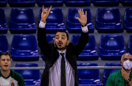 Ο Γιωργος Βόβορας κερδίζει το στοίχημα στον πάγκο του Παναθηναϊκού ΟΠΑΠ και τρέχει να διορθώσει τις ατέλειες