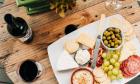 5 γευστικές προτάσεις με 5 υπέροχα τυριά, γιατί η σεζόν του μπαλκονιού ξεκίνησε