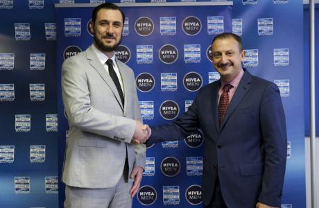 Η NIVEA ΜΕΝ στηρίζει το ελληνικό ποδόσφαιρο και παίζει μπάλα στην Super League