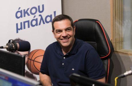 Ο Αλέξης Τσίπρας στο στούντιο του Sport24 Radio 103,3