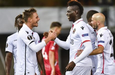 Nice's Mario Balotelli, 2nd right, celebrates with teammates after he scored during a Europa League group K soccer match between Zulte Waregem and Nice at the Regenboog stadium in Waregem, Belgium, on Thursday, Sept. 14, 2017. (AP Photo/Geert Vanden Wijngaert)