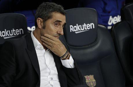 Ο προπονητής της Μπαρτσελόνα, Ερνέστο Βαλβέρδε, πριν από την αναμέτρηση με τη Βιγιαρεάλ για την Primera Division 2019-2020 στο 'Καμπ Νόου', Βαρκελώνη, Τρίτη 24 Σεπτεμβρίου 2019