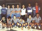 Σε ηλικία 13 ετών (1990) ο Ρονάλντο ήταν το αστέρι της Social Ramos Clube (στην μπροστινή σειρά, πρώτος από δεξιά).