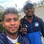 Πατέρας και υιός Σιλβάνο, ύστερα από την επανένωσή τους στο Κίτο