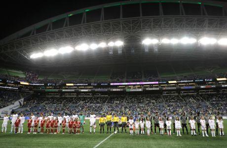 Στιγμιότυπο από την αναμέτρηση των Σιάτλ Σάουντερς με την Κλουμπ Ντεπορτίβο Ολίμπια για το CONCACAF Champions League