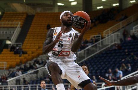 Ο Ταϊρίς Ράις του Παναθηναϊκού ΟΠΑΠ σε στιγμιότυπο της αναμέτρησης με το Λαύριο για την EKO Basket League 2019-2020 στο κλειστό του ΟΑΚΑ | Κυριακή 12 Ιανουαρίου 2020