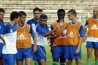 Ο προπονητής του Παναθηναϊκού, Φερνάντο Σάντος, δίνει οδηγίες στους παίκτες του κατά την καλοκαιρινή προετοιμασία για τη σεζόν 2002-2003, Βίλαχ, Αυστρία | Τρίτη 16 Ιουλίου 2002