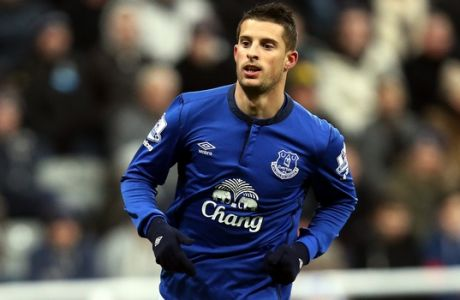Everton's Kevin Mirallas cel;ebrates his goal during their English Premier League soccer match between Newcastle United and Everton at St James' Park, Newcastle, England, Sunday, Dec. 28, 2014. (AP Photo/Scott Heppell)