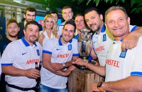 Η AMSTEL τα κάνει όλα μπλε για χάρη της Εθνικής ξεκινώντας από την μπίρα!