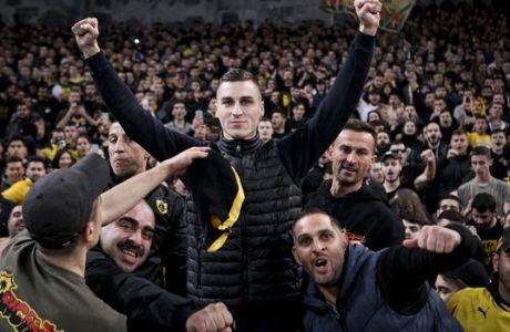Ο Όγκνιεν Βράνιες ζει το όνειρό του από το πέταλο του ΑΕΚ - ΠΑΟΚ