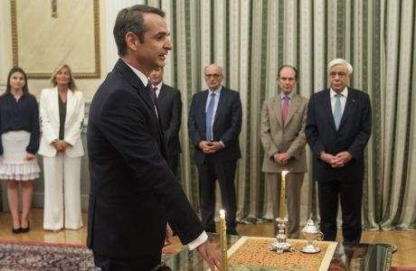Ορκωμοσία του νέου Πρωθυπουργού κυριάκου Μηστοτάκη στο Προεδρικό Μέγαρο την Δευτέρα 8 Ιουλίου 2019. (EUROKINISSI/ΓΙΩΡΓΟΣ ΚΟΝΤΑΡΙΝΗΣ)