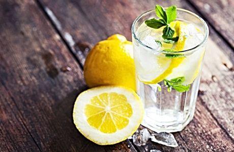 Το νερό με λεμόνι είναι το καλύτερο φυσικό energy drink