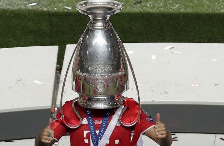 Το τρόπαιο του Champions League ποια ομάδα θα το κατακτήσει εφέτος;