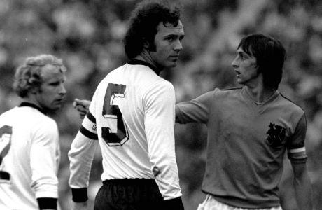 Τι έκαναν 3 σπουδαίοι Ολλανδοί στο 90' του τελικού με την Αργεντινή
