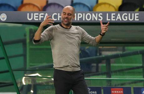 Ο προπονητής της Μάντσεστερ Σίτι, Πεπ Γκουαρδιόλα, σε στιγμιότυπο της αναμέτρησης με τη Λιόν για τα προημιτελικά του Champions League 2019-2020 στο 'Ζοζέ Αλβαλάδε', Λισαβόνα | Σάββατο 15 Αυγούστου 2020