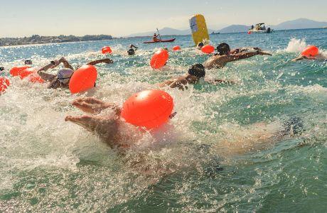 Εντυπωσιακή λήψη από την εκκίνηση των κολυμβητών