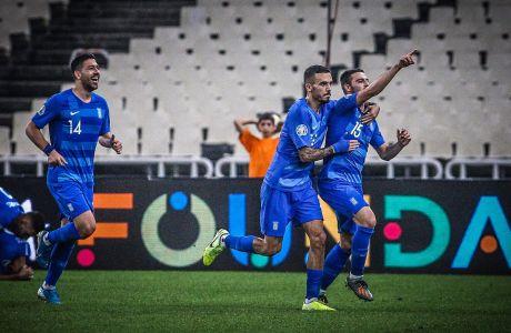 Ο Κώστας Γαλανόπουλος της Εθνικής Ελλάδας πανηγυρίζει το γκολ που σημείωσε κόντρα στη Φινλανδία για τους προκριματικούς ομίλους του Euro 2020 στο Ολυμπιακό Στάδιο, Δευτέρα 18 Νοεμβρίου 2019