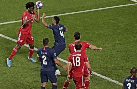 Ο Κίνγκσεϊ Κομάν σκοράρει το μοναδικό γκολ που μπήκε στον τελικό του 2020 UEFA Champions League και δίνει την κορυφή της Ευρώπης στην Μπάγερν Μονάχου.