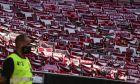 Εικόνα από την άδεια κερκίδα του 'Λουζ' στο περιθώριο της αναμέτρησης της Μπενφίκα με την Τοντέλα για την Primeira Liga 2019-2020, Τετάρτη 4 Ιουνίου 2020