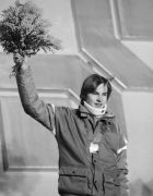 Finland?s Matti Nykaenen waves to crowd with bouquet of flowers after being presented on Monday, Feb. 13, 1984 with the gold medal he won on Sunday for the men?s 70-meter ski jump at the Winter Olympic Games in Sarajevo. His jump was 87 meters or 298 feet, 6 inches to win gold. (AP Photo/Lipchitz)