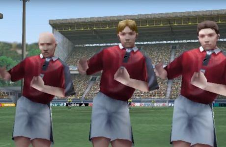 Σκοράροντας με τον Navrogenidis στο FIFA 99