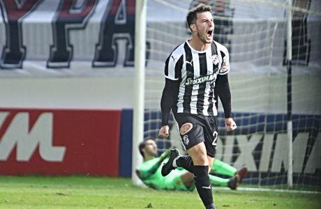 Ο Ρικάρντο Βαζ πανηγυρίζει το γκολ της ισοφάρισης απέναντι στον ΟΦΗ, το Σάββατο 14 Δεκεμβρίου 2019