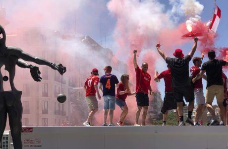 Φίλαθλοι της Λίβερπουλ στην πλατεία Φελίπε ο 2ος της Μαδρίτης, πριν από τον τελικό Champions League 2018-2019 κόντρα στην Τότεναμ στο 'Γουάντα Μετροπολιτάνο', Σάββατο 1 Ιουνίου 2019