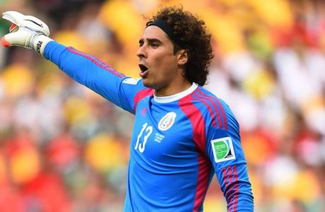 FORTALEZA, BRAZIL - JUNE 17:  Guillermo Ochoa of Mexico gestures during the 2014 FIFA World Cup Brazil Group A match between Brazil and Mexico at Castelao on June 17, 2014 in Fortaleza, Brazil.  (Photo by Laurence Griffiths/Getty Images)