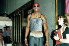 Γιατί τα '90s δεν αναγνώρισαν τον πρωτοπόρο της 'μόδας χωρίς φύλο'
