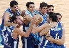 Πανηγύρι για Κακιούζη, Παπαλουκά, Τσαρτσαρή, Ζήση, Μπουρούση, Σπανούλη και Βασιλόπουλο, το μοναδικό που συνεχίζει να παίζει ακόμη μπάσκετ από την χρυσή ομάδα του Βελιγραδίου