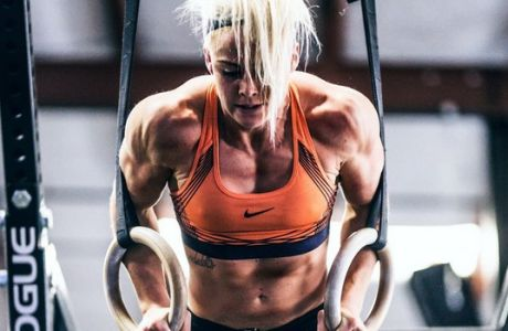 Η Σάρα Σιγκμουντσντότιρ έγινε σταρ του crossfit χωρίς να έχει κερδίσει τίτλο