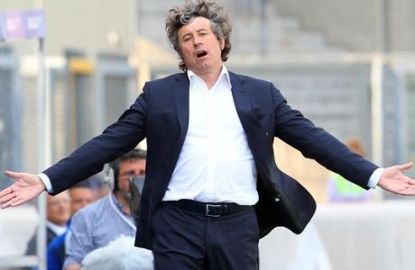 Siena's coach Alberto Malesani reacts during a Serie A soccer match between Udinese and Siena in Udine, Italy, Sunday, Apr. 25, 2010. (AP Photo/Paolo Giovannini)