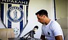 Ο Εμανουέλ Περόνε κατά τη συνέντευξη Τύπου για την αποχώρησή του από το ποδόσφαιρο