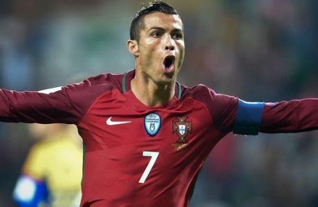 Ο Κριστιάνο Ρονάλντο στο πλευρό νεαρού παίκτη που έχει καρκίνο