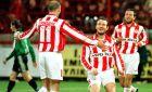 Πρέντραγκ Τζόρτζεβιτς, Αλέξης Αλεξανδρής και Δημήτρης Μαυρογενίδης πανηγυρίζουν γκολ εναντίον της Ξάνθης (15/02/1998)